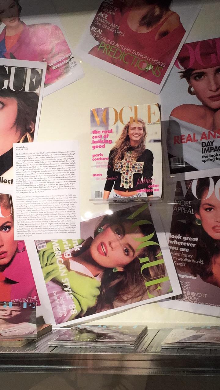 Erstes Vogue Cover styled by Anna Wintour und fotografiert von Peter Lindbergh.